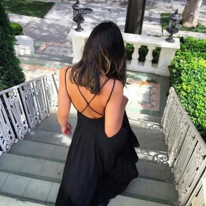 V Neck Maxi Dress with Strapy Back