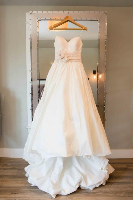 Sleeveless White Taffeta Wedding Dress with Pleated Waistband