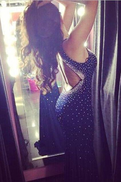 New Arrival Halter Open Back Fit to Flare Party Dress with Rhinestones Prom Gown