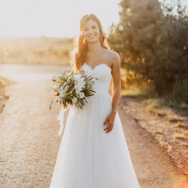 Sleeveless Ivory Boho Country Wedding Dress
